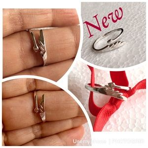Jewelry - New silver dragon tail adjustable ring Sz 7-7.5
